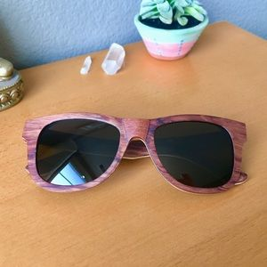 NWOT Handcrafted Rosewood Sunnies